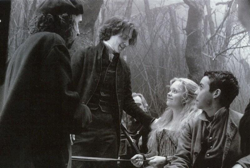 Sul set de Il mistero di Sleepy Hollow: Christina Ricci, Tim Burton e Johnny Depp