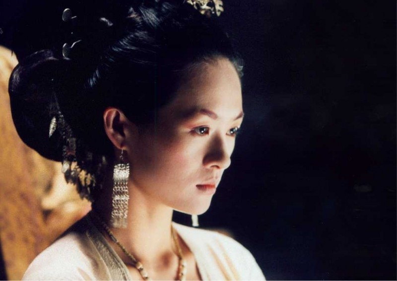 La bella Zhang Ziyi in una scena del film The Banquet