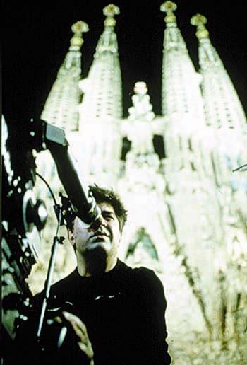 Pedro Almodovar sul set di Tutto su mia madre