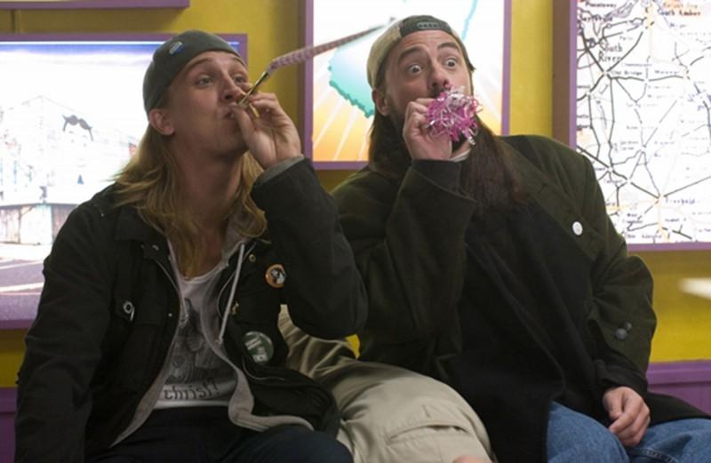 Jason Mewes e Kevin Smith in una scena di Clerks II