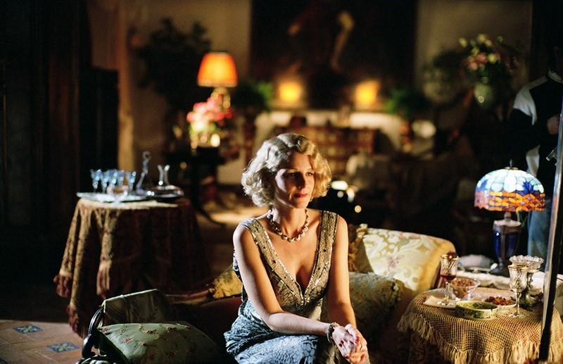 Helen Hunt in una scena del film Le seduttrici