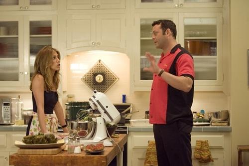 Jennifer Aniston con Vince Vaughn in una scena del film Ti odio, ti lascio, ti...