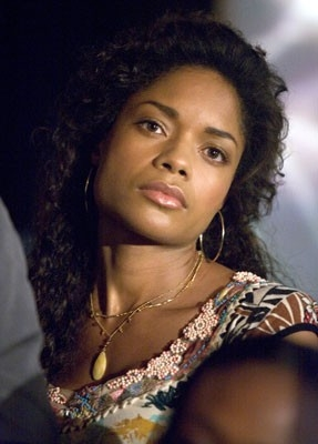 Naomie Harris in una scena del film Miami Vice