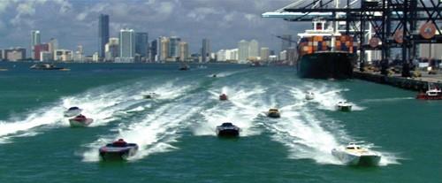 Una scena del film Miami Vice