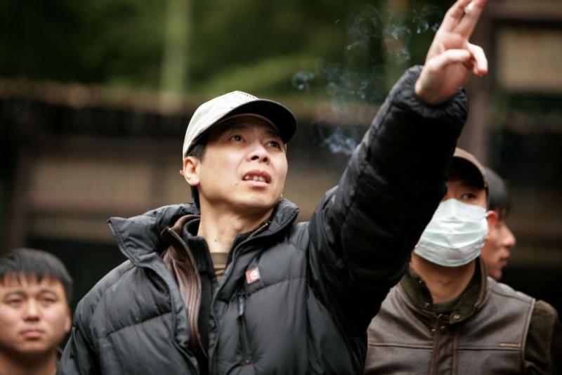 Feng Xiaogang sul set del film The Banquet