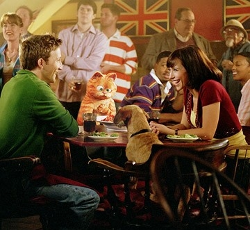 Breckin Meyer e Jennifer Love Hewitt in Garfield 2