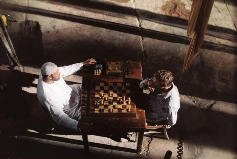 Laurence Fishburne con Ryan Phillippe in una scena del film Five Fingers