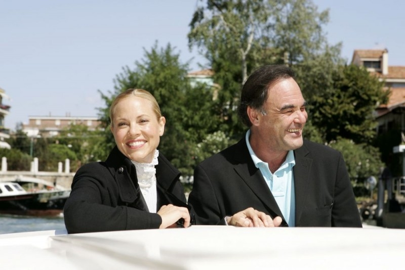 Maria Bello con Oliver Stone a Venezia 2006 per presentare World Trade Center