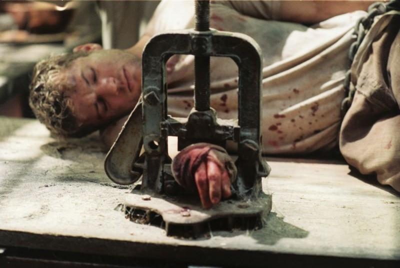 Ryan Phillippe in una scena drammatica del film Five Fingers