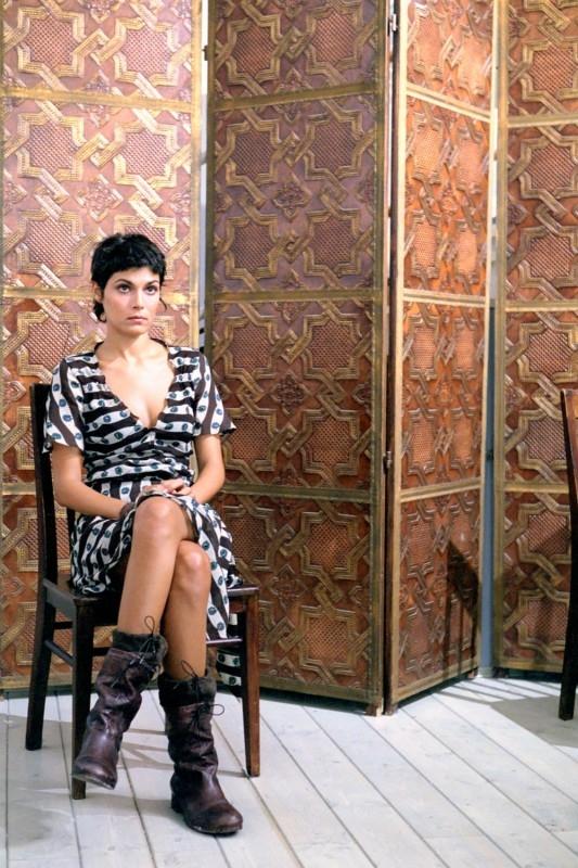 Valeria Solarino in una scena di Viaggio Segreto