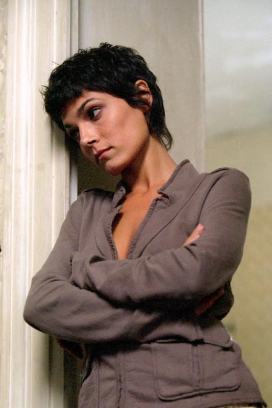 Valeria Solarino in una scena del film Viaggio Segreto