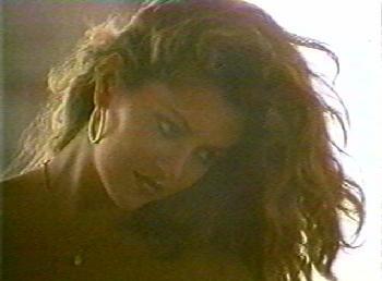 Jessica Moore nel film erotico 11 giorni 11 notti