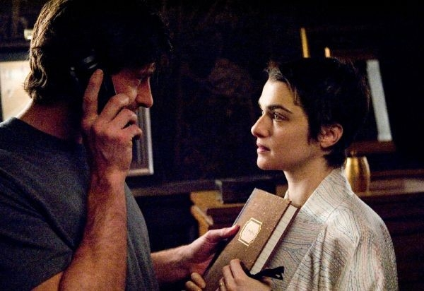 Rachel Weisz e Hugh Jackman in una scena del film The Fountain