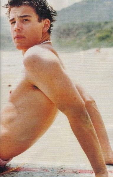 Josh Hartnett in spiaggia