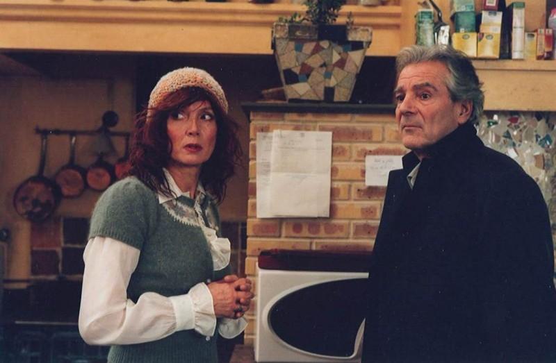 Pierre Arditi e Sabine Azema in una scena di Private Fears in Public Places