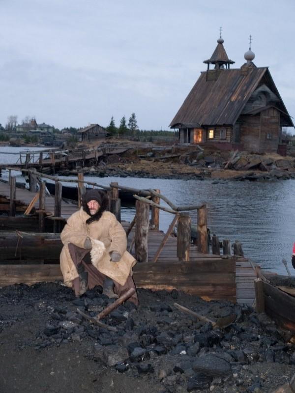 Una scena del film Ostrov