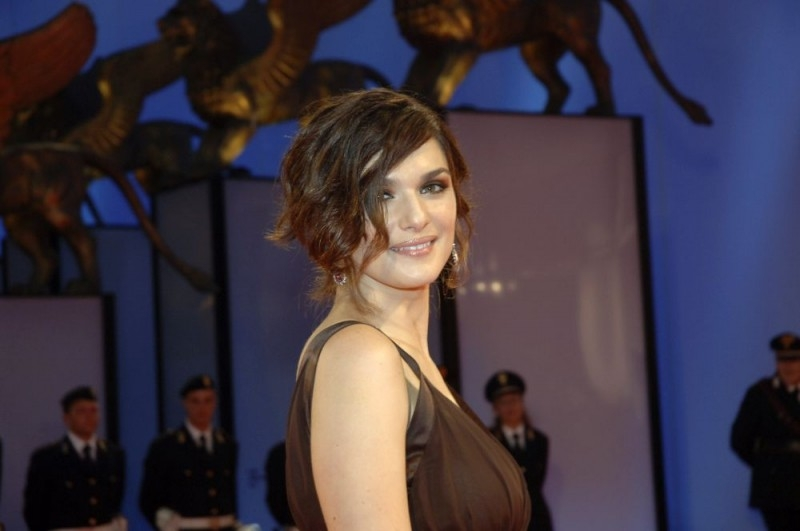 Rachel Weisz sul red carpet a Venezia 2006 per il film The Fountain