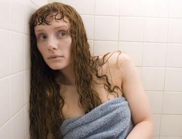 Bryce Dallas Howard in una scena del film Lady in the Water