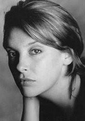 Una giovane Toni Collette