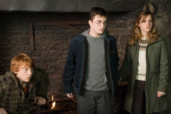 Daniel Radcliffe, Rupert Grint ed Emma Watson  in una scena del film Harry Potter e l'Ordine della Fenice