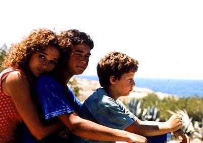 Valeria Golino, Filippo Pucillo e Francesco Casisa  in una scena del film Respiro