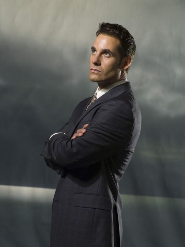 Adrian Pasdar in un'immagine promozionale di 'Heroes'