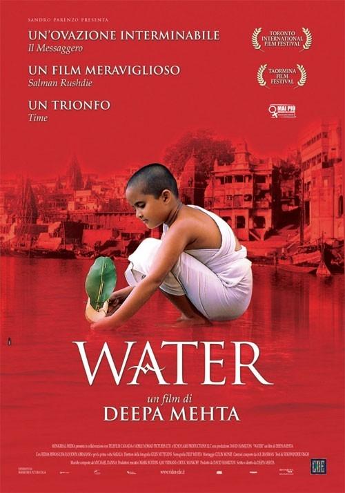 La locandina italiana di Water
