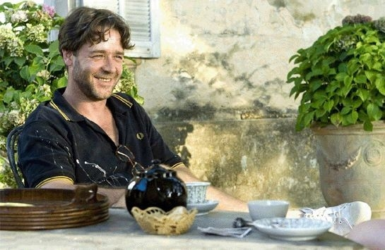 Russell Crowe in una scena del film Un'ottima annata - A Good Year