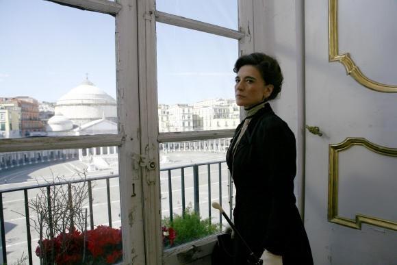 Lina Sastri in Assunta Spina