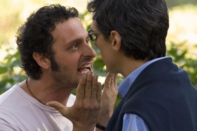 Fabio Troiano e Stefano Dionisi in una scena del film Family Game