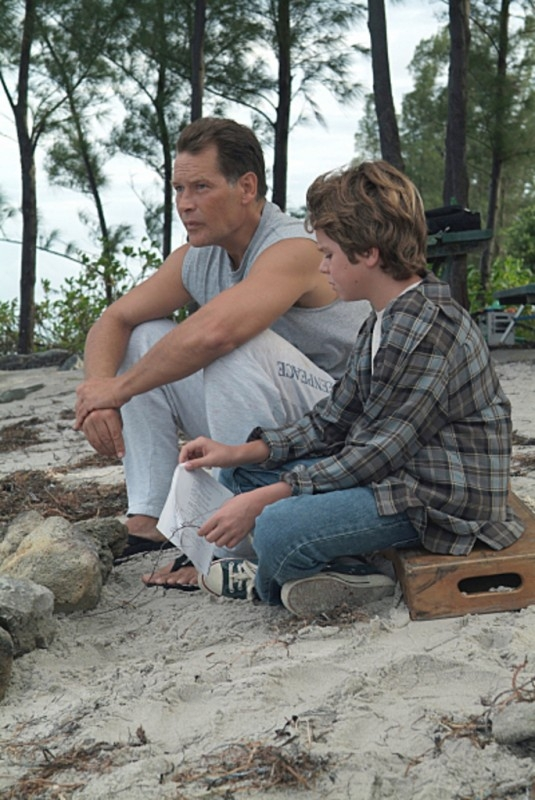 James Remar e Dominic Janes in una scena di Dexter