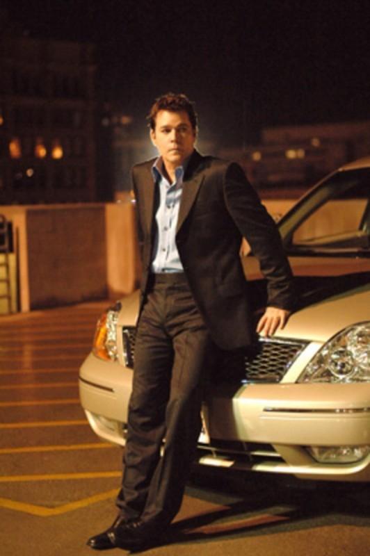 Una foto promozionale della serie 'Smith'