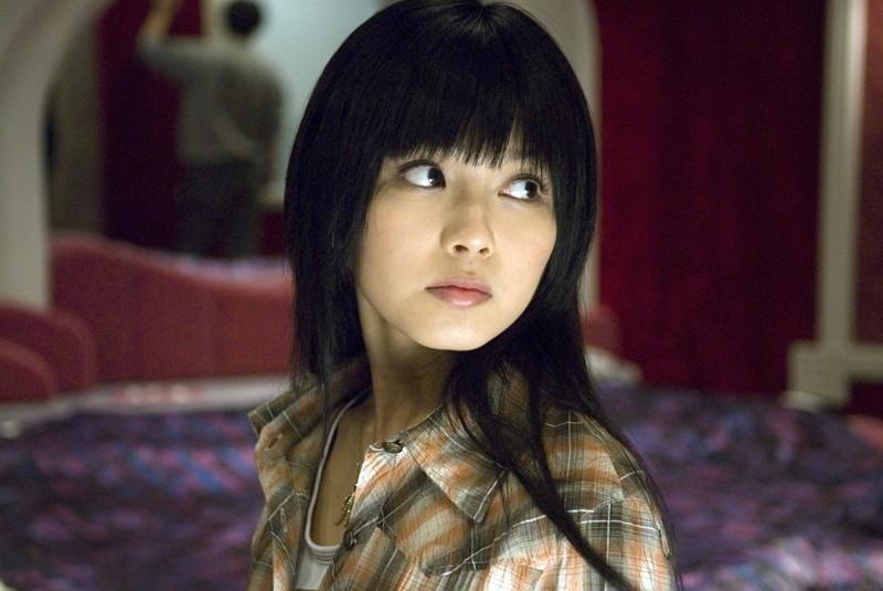 Misako Uno in una scena del film The Grudge 2