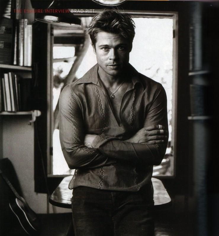 Brad Pitt, fascino in bianco e nero