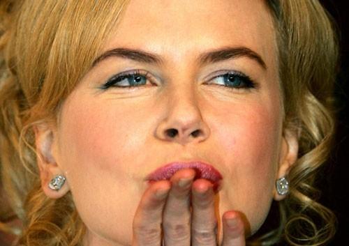 Festa del Cinema di Roma 2006: un bacio da Nicole Kidman che presenta 'Fur: ritratto immaginario di Diane Arbus'