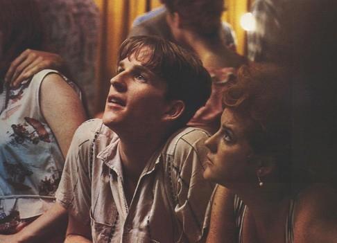 Matthew Modine in una scena di Birdy, le ali della libertà del 1984