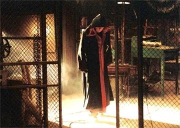 Tobin Bell in una scena di Saw 3