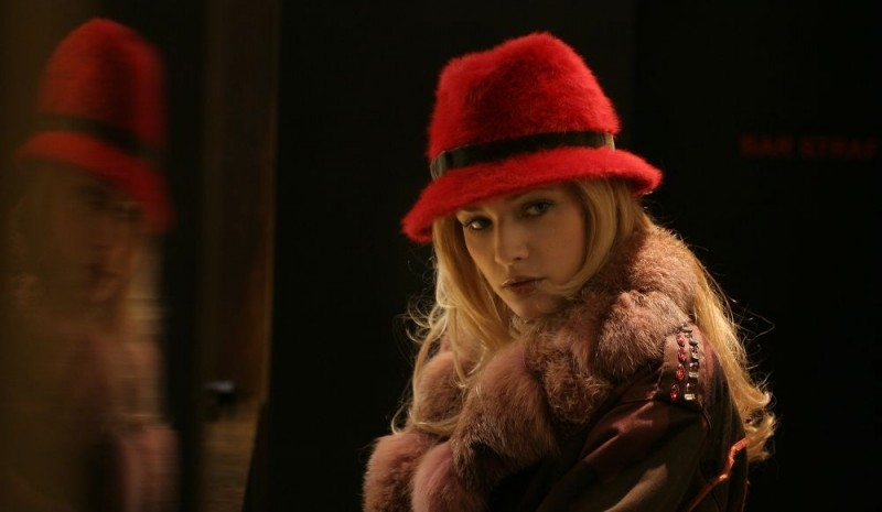 Laura Chiatti in una scena del film A casa nostra