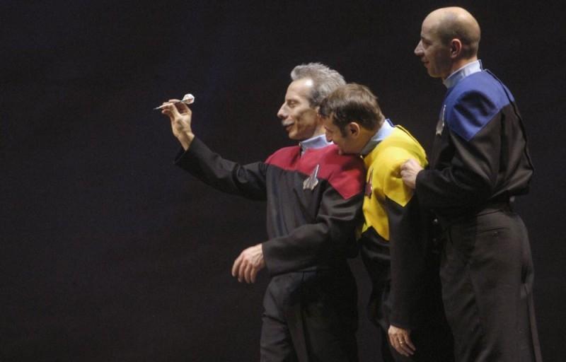 Aldo, Giovanni e Giacomo in una immagine del film Anplagghed al cinema