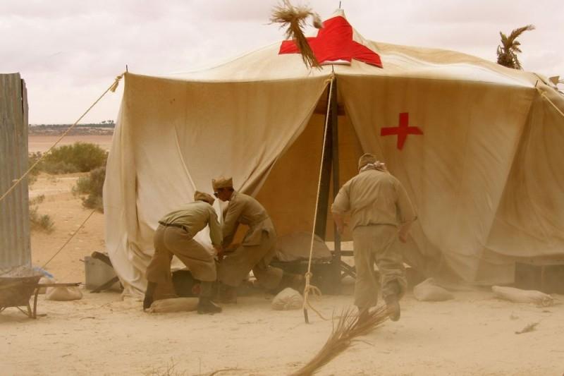 Una scena del film Le rose del deserto
