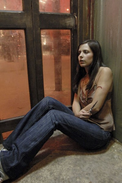 Sarah Michelle Gellar in una scena drammatica del film The Return