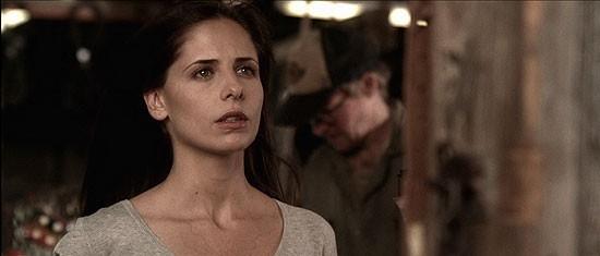 Sarah Michelle Gellar in una scena del film The Return (2006)