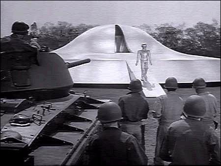 Una scena del film Ultimatum alla Terra