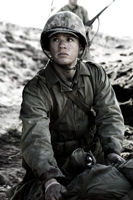Ryan Phillippe in una scena di Flags of Our Fathers