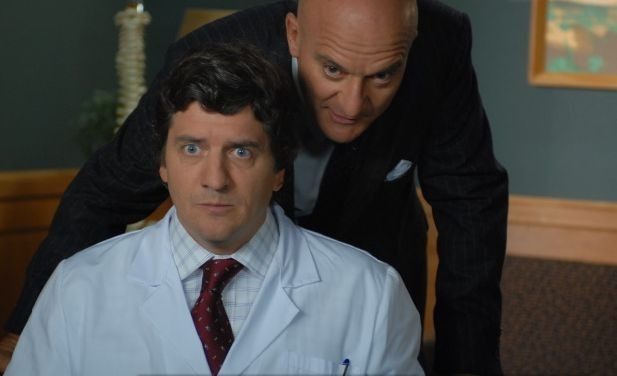 Fabio De Luigi e Claudio Bisio in una scena del film Natale a New York