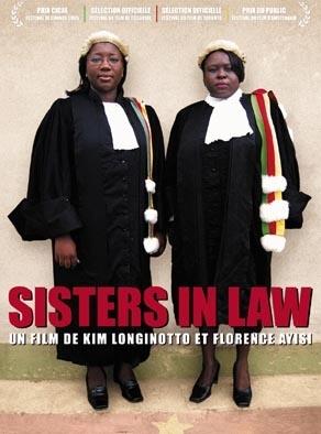 La locandina di Sisters in Law