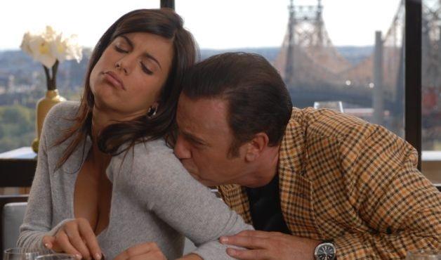 Massimo Ghini e Elisabetta Canalis in una scena del film Natale a New York