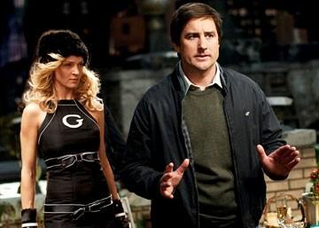 Una minacciosa Uma Thurman e Luke Wilson in una scena de La mia Super Ex-Ragazza