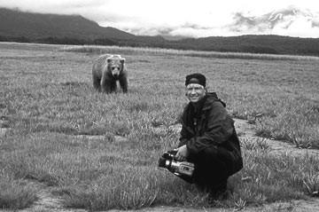 Treadwell in una scena del documentario Grizzly Man