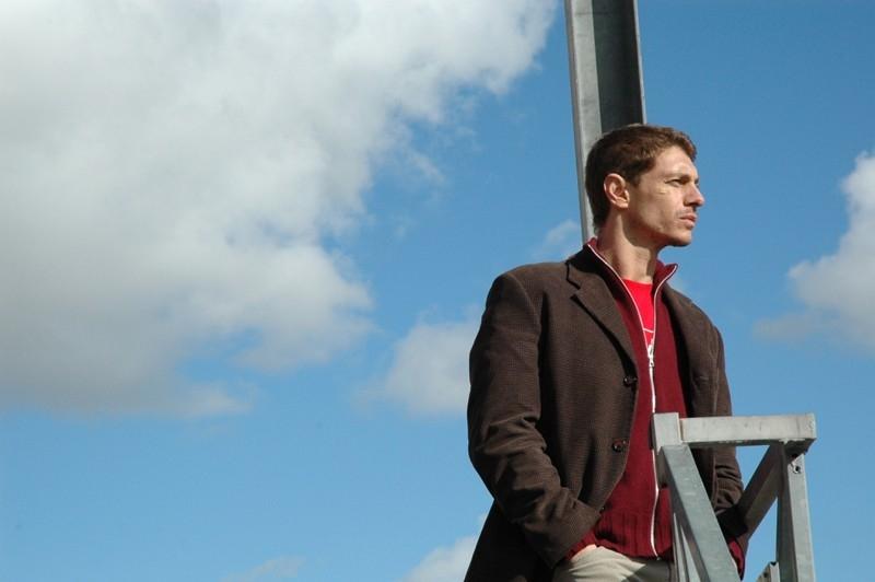 Giorgio Pasotti in una immagine del film L'aria salata